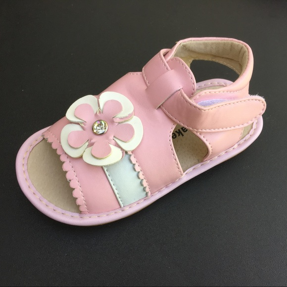 0e7e4d7506 New pink   white Laniecakes sandals - size 10
